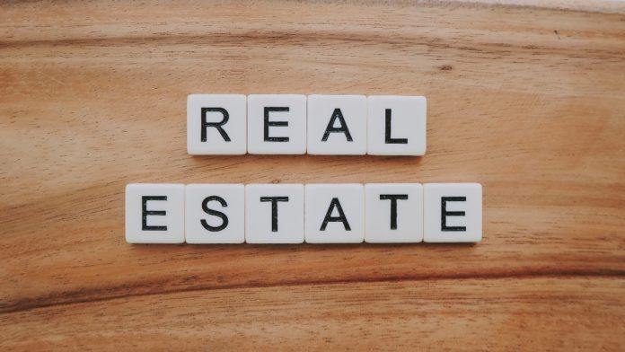 Use Crowdstreet for commercial real estate investing