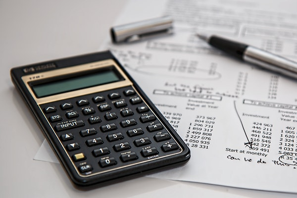 THERE ARE PROVEN WAYS TO REDUCE YOUR FEDERAL INCOME TAX  BRACKET